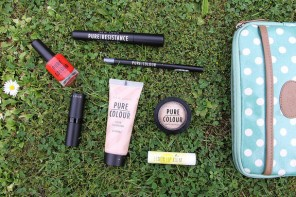 Festival Make-up Essentials : New Look Pure Colour