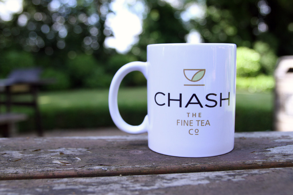 Chash-Tea-Mug-in-the-garden