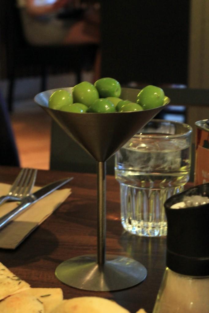 zizzi-olives