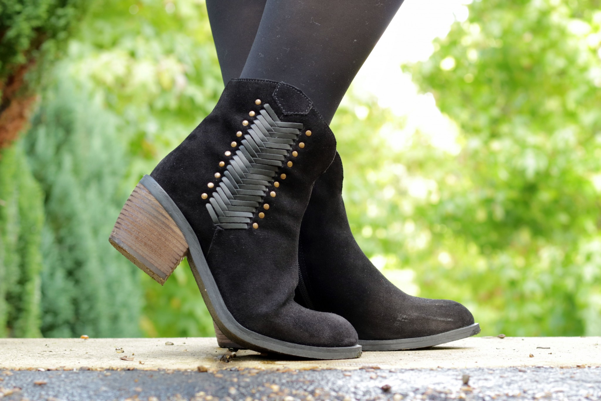 Western Inspired Suede Boots Prettygreentea